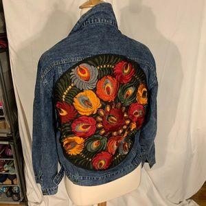 Oversized embroidered boyfriend denim jacket XL
